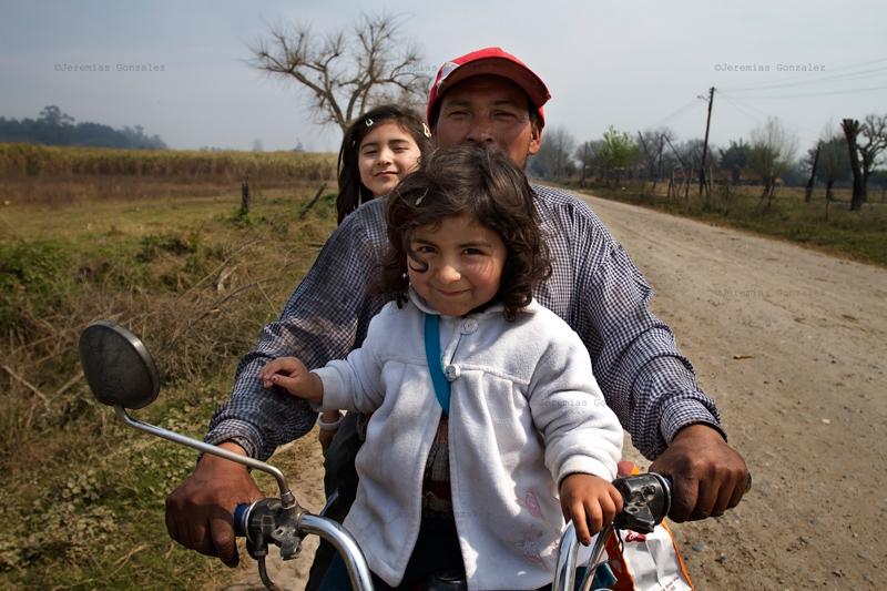 http://www.jeremiasgonzalez.com/files/gimgs/50_agricultura-familiar02bd.jpg
